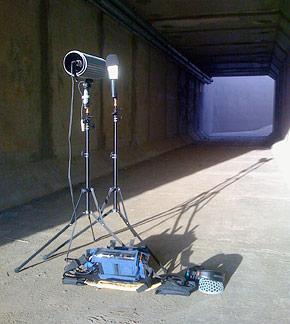 Small flashgun light stands make perfect mic stands!